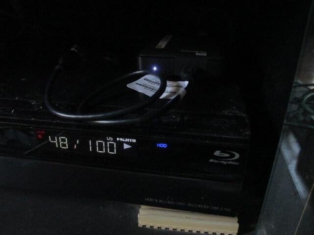 DBR-Z160 ピカピカHDDのLEDが光ってます。