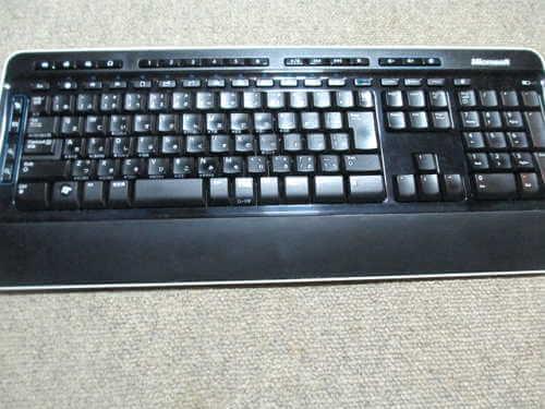 マイクロソフトワイヤレスキーボード 掃除済み全体